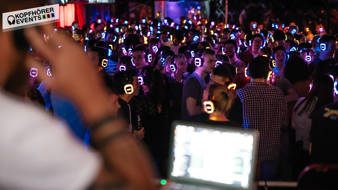 Tanzfläche auf der Silent Disco Party in Stuttgart
